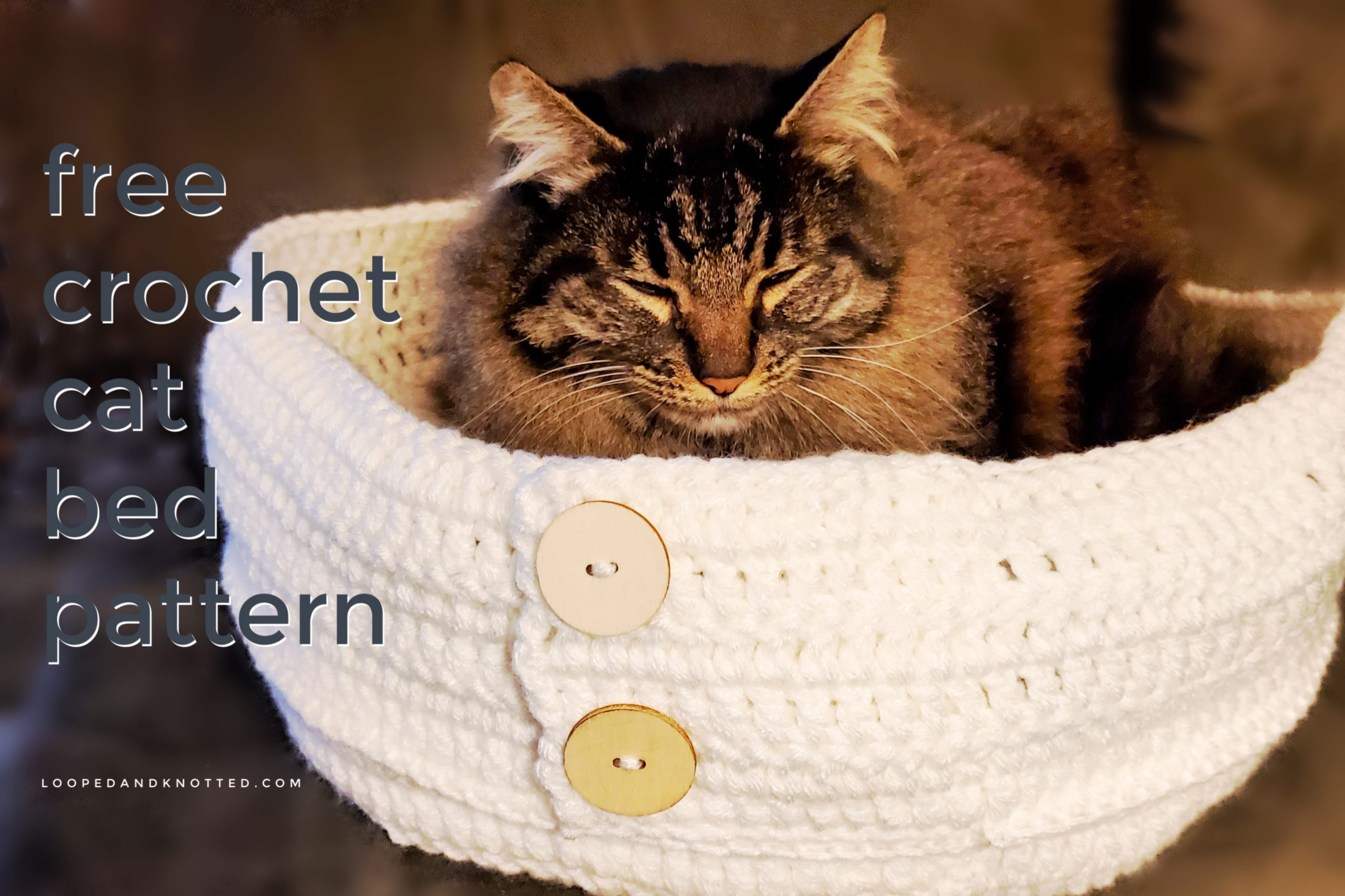 Tutorial: Super Bulky Crocheted Cat Bed | Red-Handled Scissors | 1707x2560